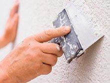 грунтование и шпатлевание стен и потолков